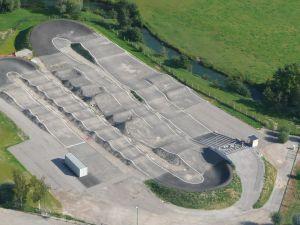 De acordo com a planta apresentada, a pista terá mais ou menos este aspeto depois de terminada.