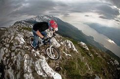 Hutch_Lake Garda