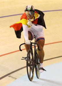 Robert Forstmann é atualmente um icone do ciclismo de pista, quer pela maneira como comunica com os fãs nas redes sociais, quer pela caracteristica fisica que ostenta.
