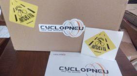 """Com cada encomenda na cyclopneu, poderás encontrar um Stiker """"Partilhe a Via""""."""