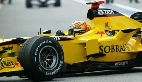 """2005 - Campeonato do Mundo de F1 da FIA, Piloto Oficial da Jordan, 16º classificado com 7 pontos, 4 vezes classificado no top-10 2005, 19 de Junho - O primeiro pódio na Fórmula 1, ficou em 3º lugar no Grande Prémio dos Estados Unidos, onde só correram 6 carros (Indianápolis). 2005 - Rookie do Ano na F1 e Rookie do ano de todos os desportos automobilísticos, prémio atribuído pela """"AutoSport"""" 2006 - Tiago Monteiro compete pela recém criada formação russa Midland F1 Racing (que entretanto muda de nome para Spyker F1), onde foi companheiro de equipa do holandês Christijan Albers. 2007 - Depois de não conseguir lugar em nenhuma equipa de Fórmula 1 que lhe garanta competitividade, Tiago ingressa no campeonato WTCC pela equipa Seat Sport."""