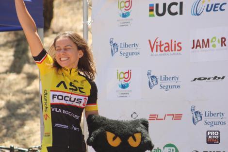 Liliana Lopes conquistou o bronze na categoria de Masters, a imagem diz tudo...